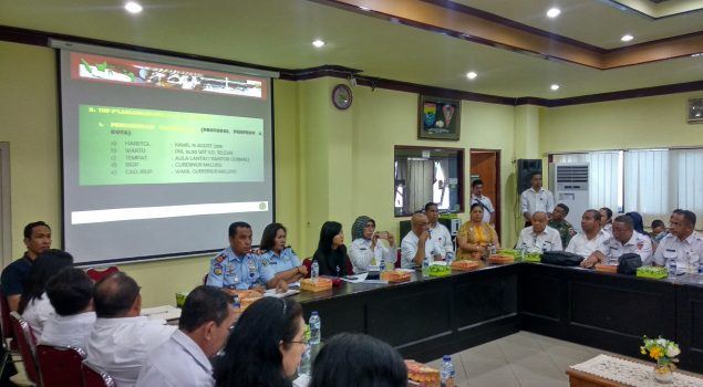 Bersama Walikota Ambon, Kalapas Bahas Upacara Pemberian Remisi