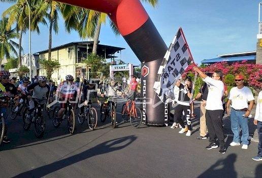 Rutan Manado Memeriahkan Kegiatan Sepeda Santai, Jalan Sehat, dan Panggung Gembira