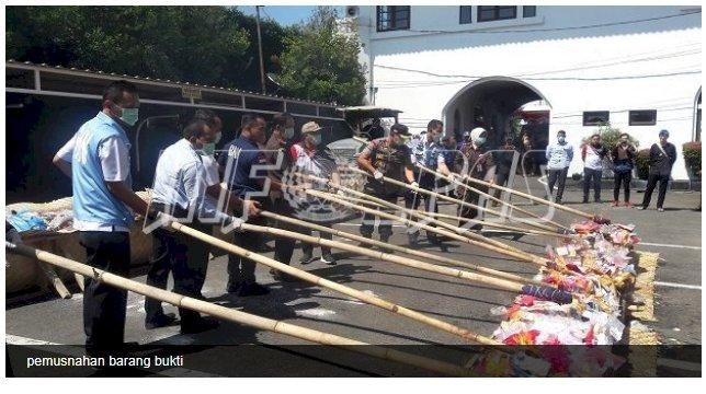 Karupbasan Bandung Hadiri Pemusnahan Barang Bukti Inkracht
