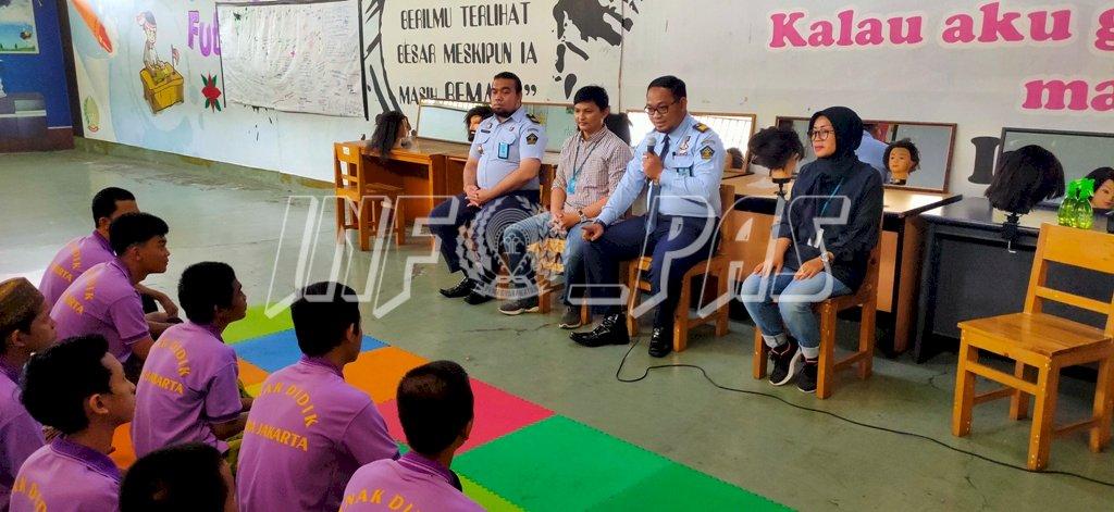 Anak LPKA Jakarta Belajar Cukur Rambut Bersama Instruktur Salon Ternama
