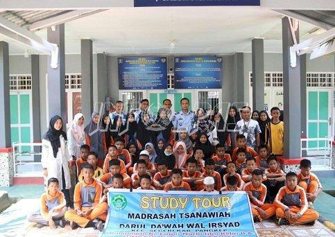 LPN Sungguminasa Sambut Kunjungan Studi Siswa MTS DDI Segeri