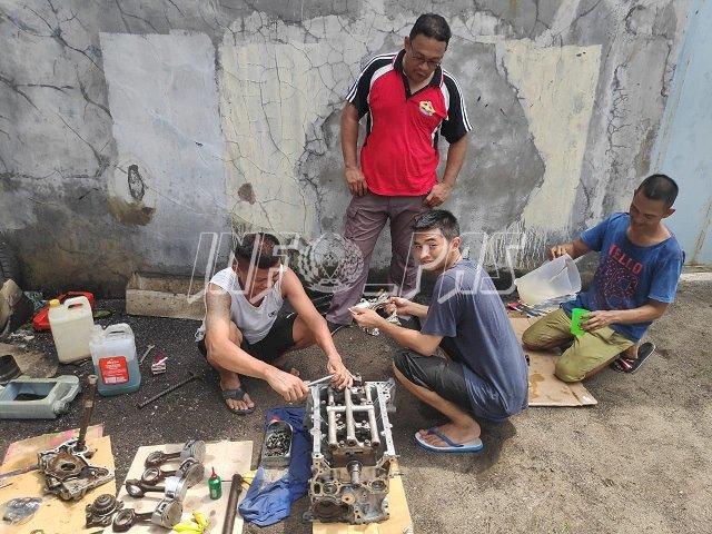 Narapidana Rutan Tamiang Layang Salurkan Keahlian Mekanik