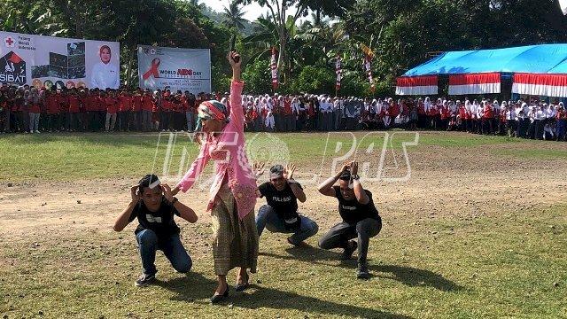 Drama HIV/AIDS WBP Lapas Polewali Pukau Wakil Bupati Polman