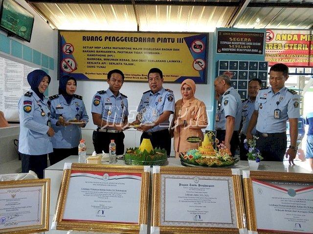 Lapas Watampone Apresiasi Kinerja Jajarannya Raih Predikat WBK