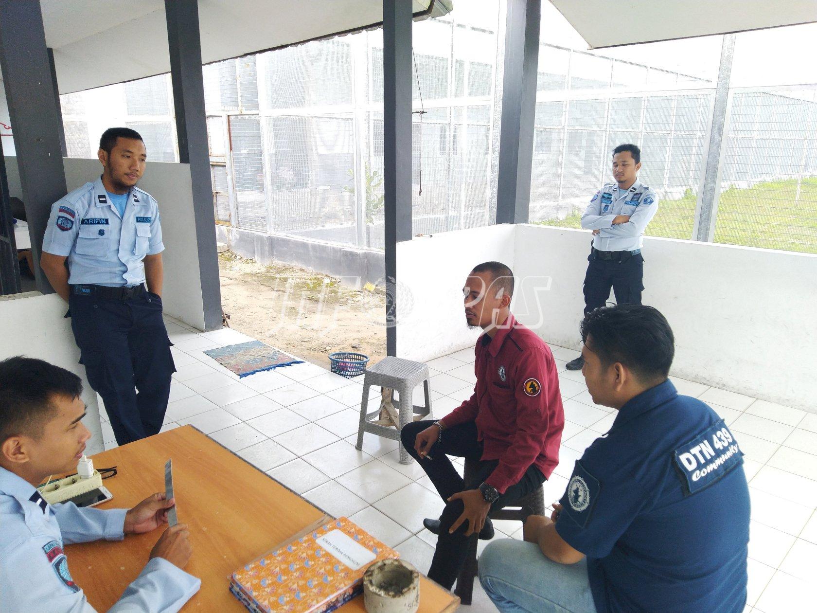 Anggota Polres Sukamara Patroli Sambang ke Lapas Sukamara