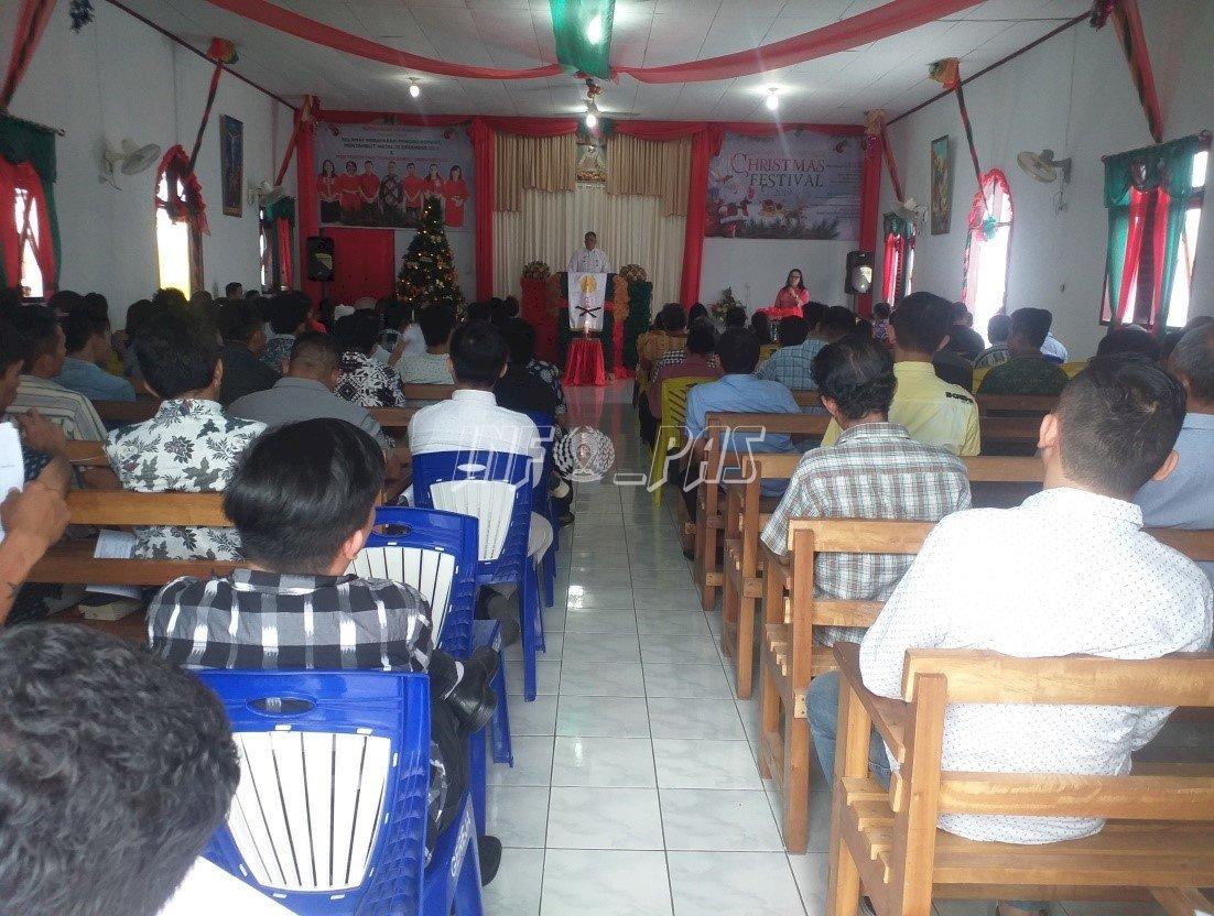 Ibadah Tahun Baru Pertemukan Keluarga & WBP Rutan Manado