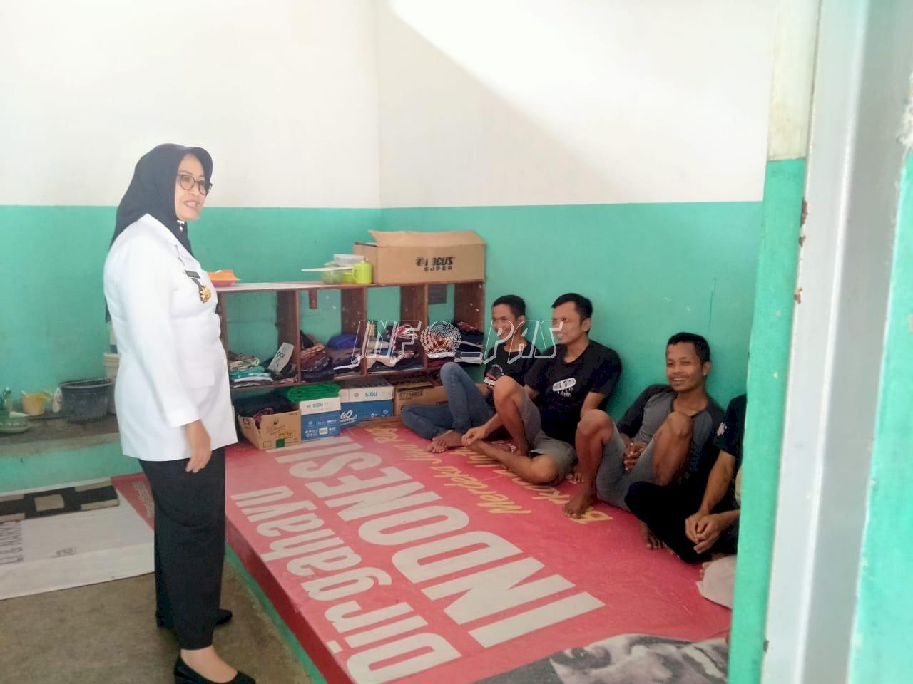 Tinjau Rutan Wonosari, Kadiv PAS DIY Puji Hasil Karya WBP