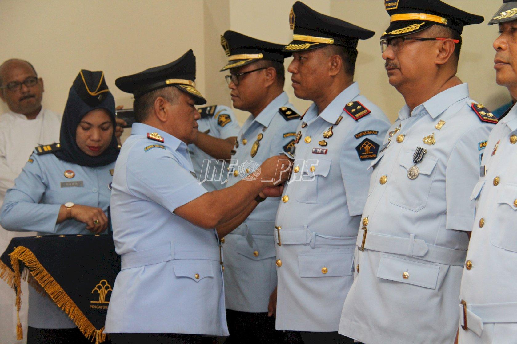 Kakanwil Lantik 24 Pejabat Struktural Jajaran Pemasyarakatan Maluku