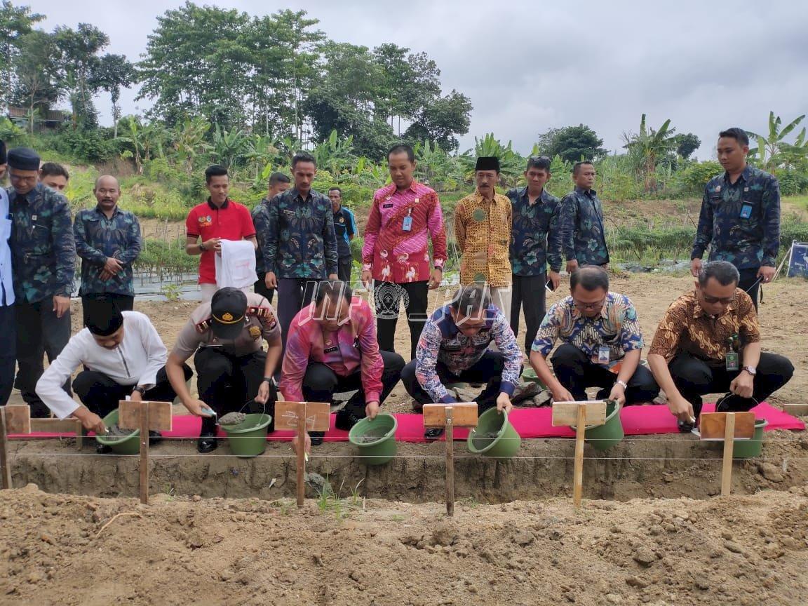 Peletakan Batu Pembangunan SAE Pondok Asimilasi, Ini Pesan Kadiv PAS Banten