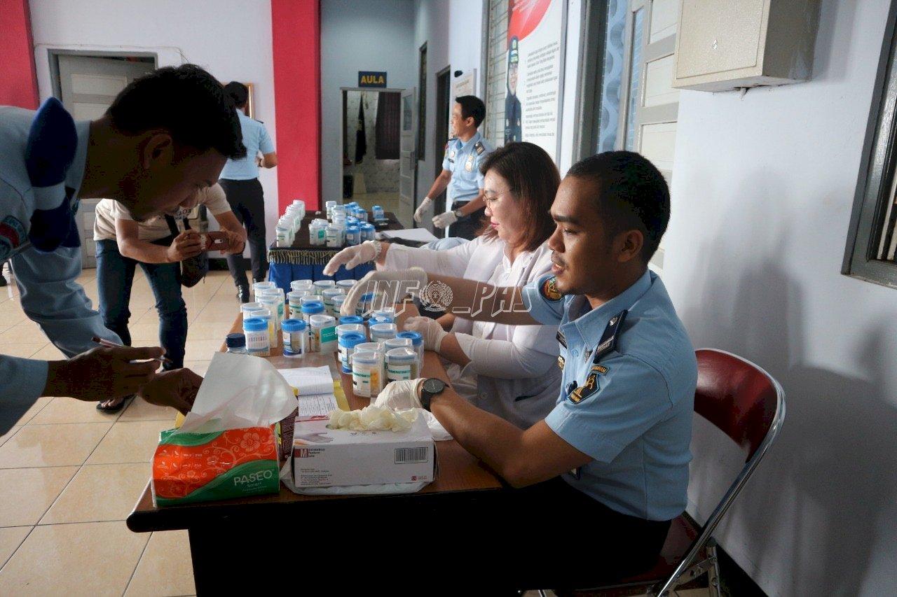 Seluruh Petugas LPN Karang Intan Bersih dari Narkoba