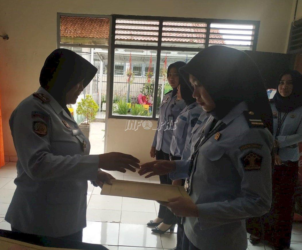 Gagalkan Narkoba & Rokok, 5 Petugas LPP Bandar Lampung Dapat Reward