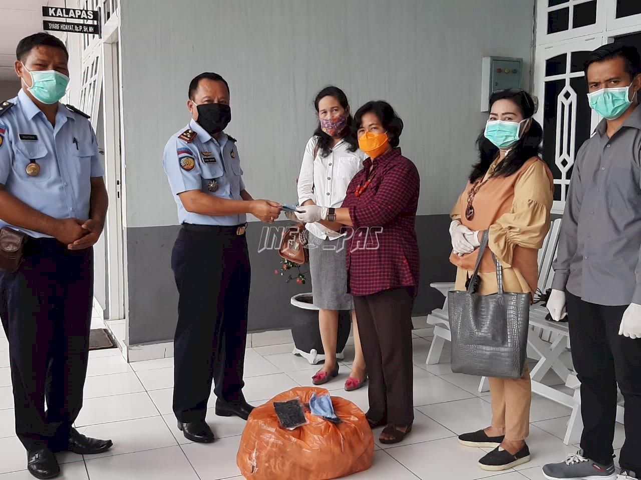 700 Masker Dibagikan Untuk WBP Lapas Palangka Raya