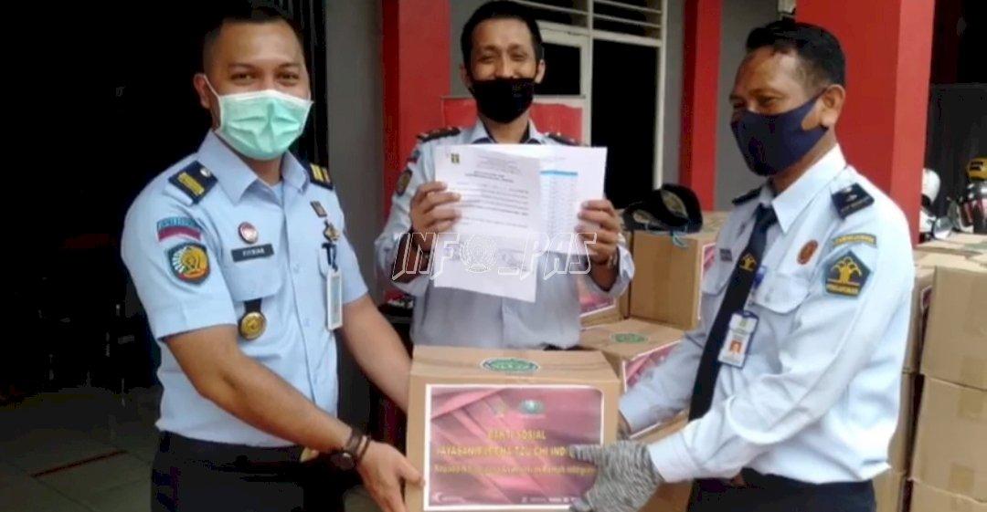 Bapas Tangerang Distribusikan Sembako  & Masker Untuk Klien Asimilasi