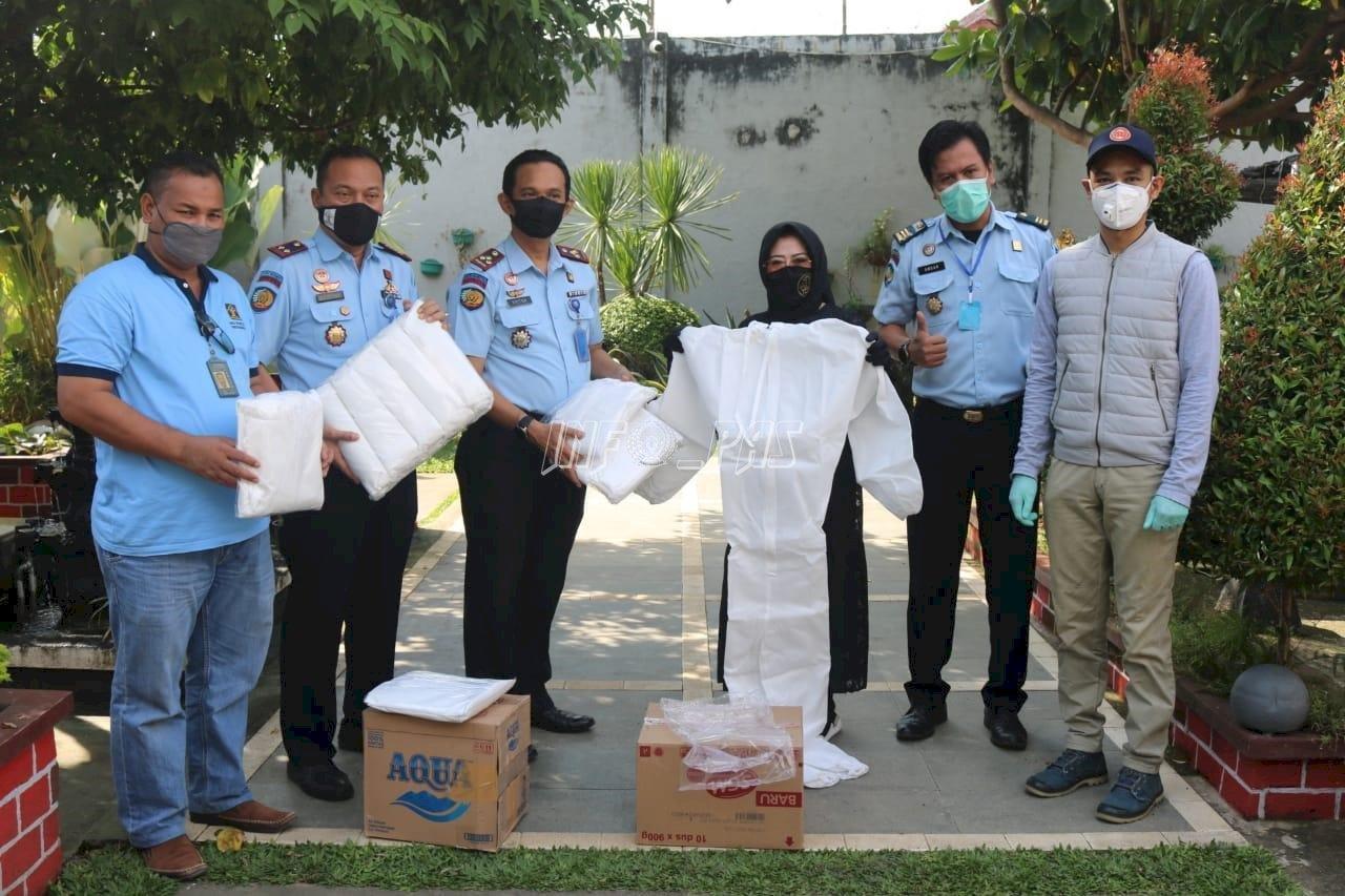 Bantuan APD Tekan Penyebaran COVID-19 di LPN Sungguminasa
