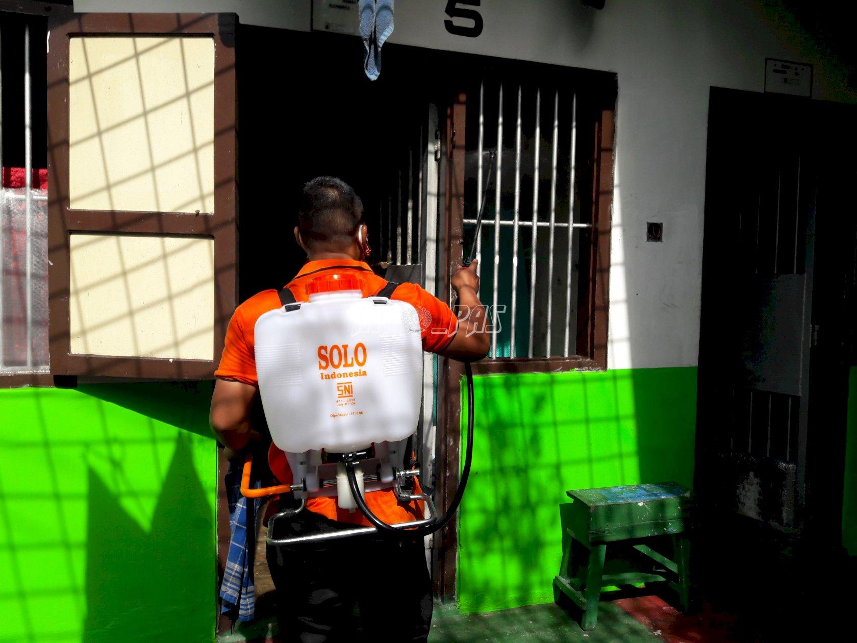 Blok WBP & Kantor Lapas Palangka Raya Kembali Disemprot Disinfektan