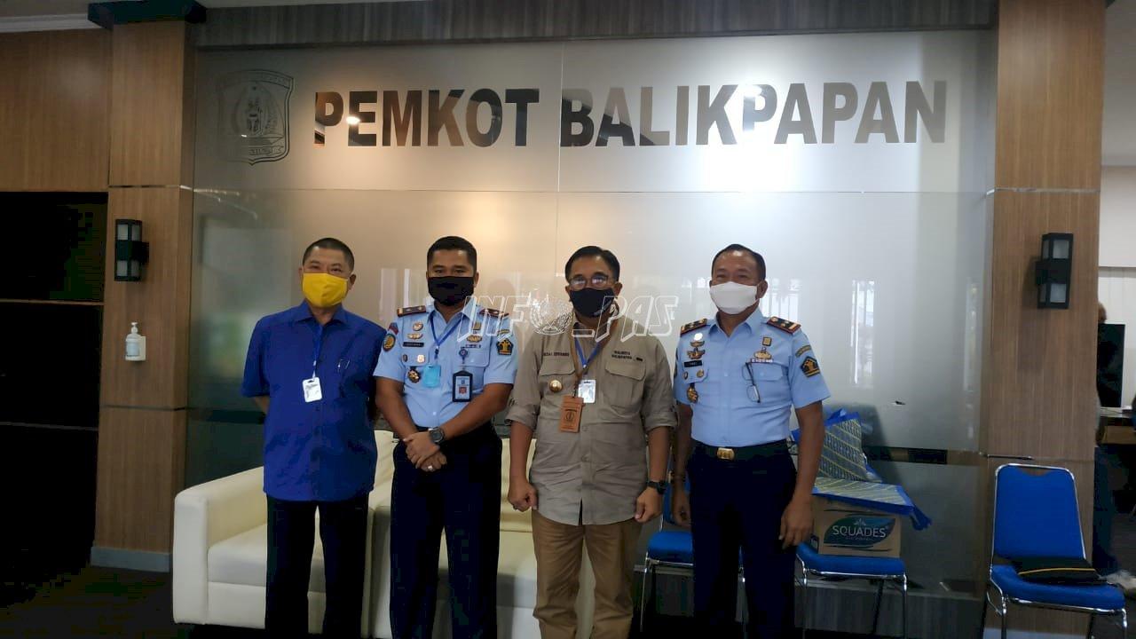 Rutan & Lapas Balikpapan Donasikan APD & Masker Untuk Tenaga Medis