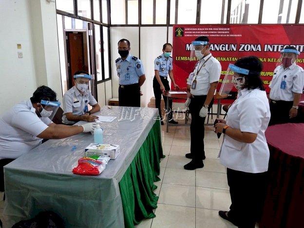 Tim Divisi PAS Yogyakarta Gelar Tes Urine di LPN Yogyakarta