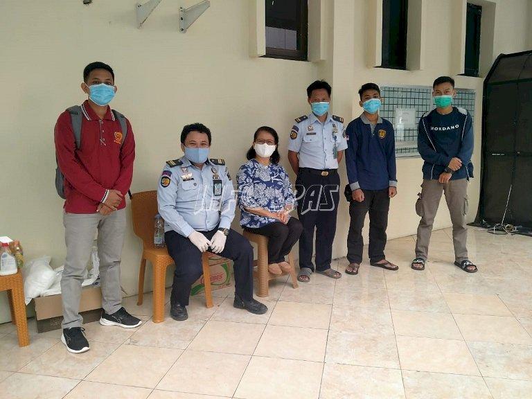 Petugas Bapas Makassar Turut Dalam Penjagaan WBP Positif COVID-19