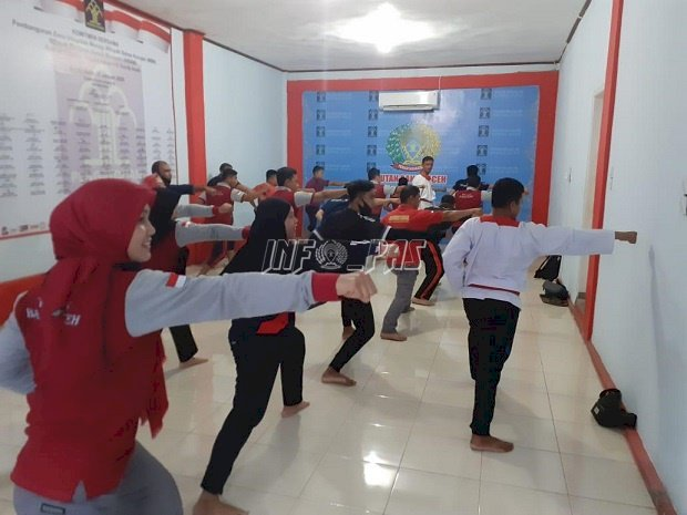 Petugas Rutan Banda Aceh Dibekali Pelatihan Bela Diri