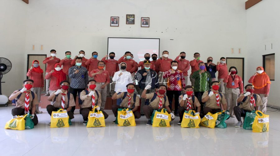 Direktur Bimkemas & PA Serahkan Bantuan Untuk Anak LPKA Yogyakarta