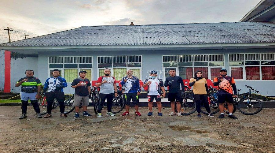 Tingkatkan Kekompakan, Kakanwil Maluku Ajak Gowes Bersama