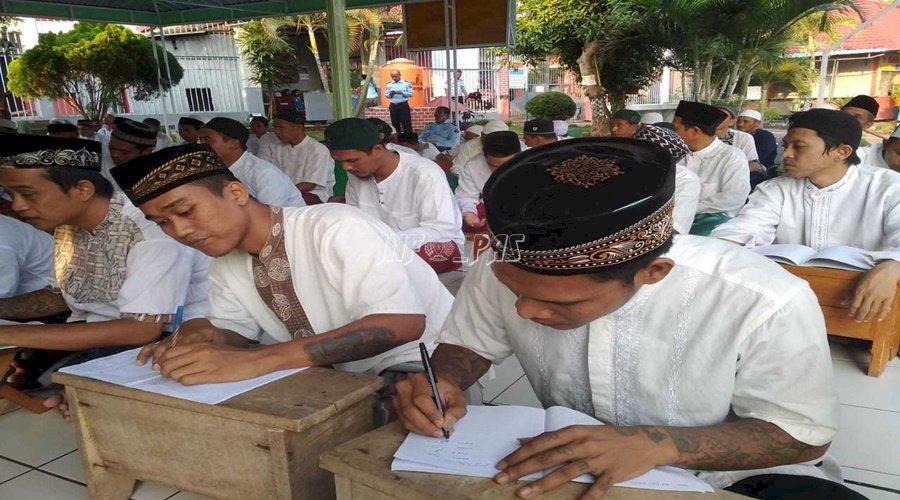 WBP Bertato Ajari Rekannya Bahasa Arab