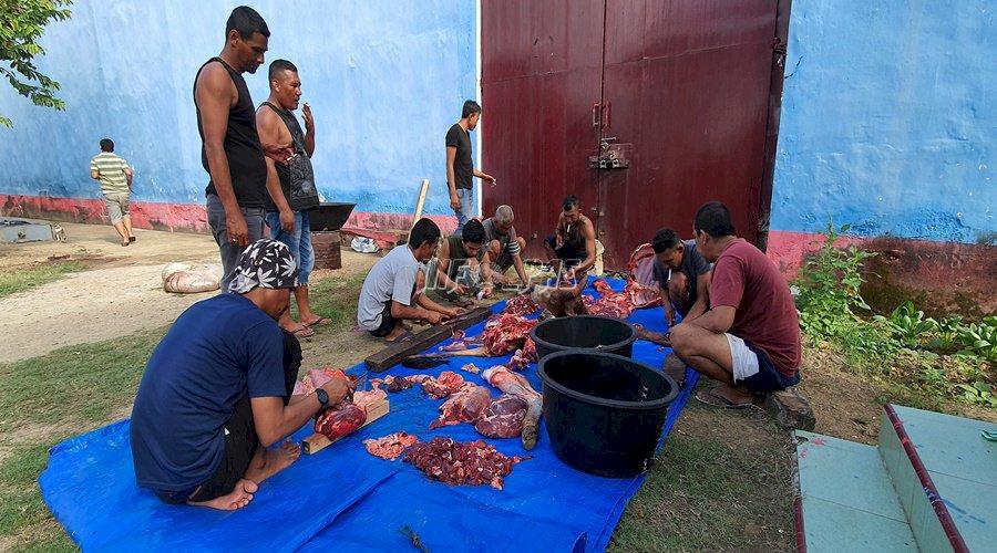 Rutan Banda Aceh Potong Sapi Kurban Iduladha