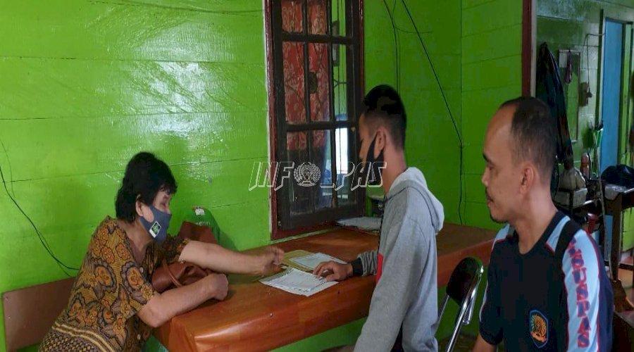 Klien Anak Bapas Muara Teweh Ikuti Pelatihan Kerja di PKBM Tunas Pribumi