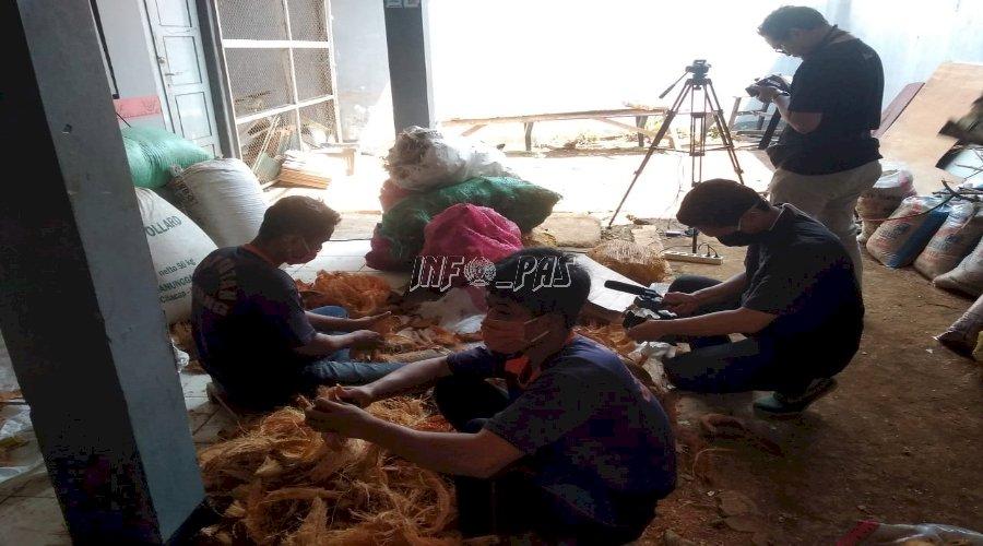 Vas Bunga Sabut Kelapa WBP Rutan Batang Diliput Batik TV