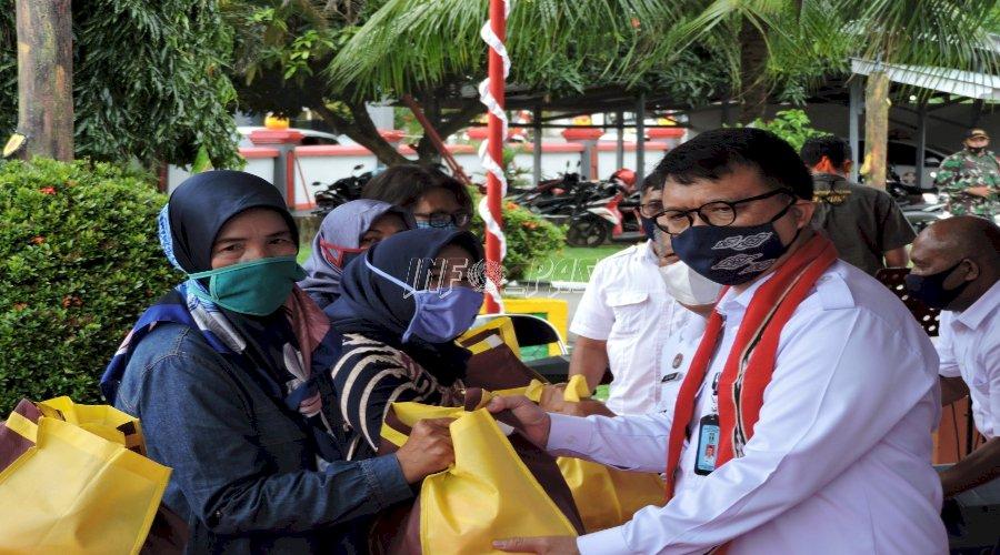 Keluarga Narapidana di Kota Ambon Terima Bantuan Sosial
