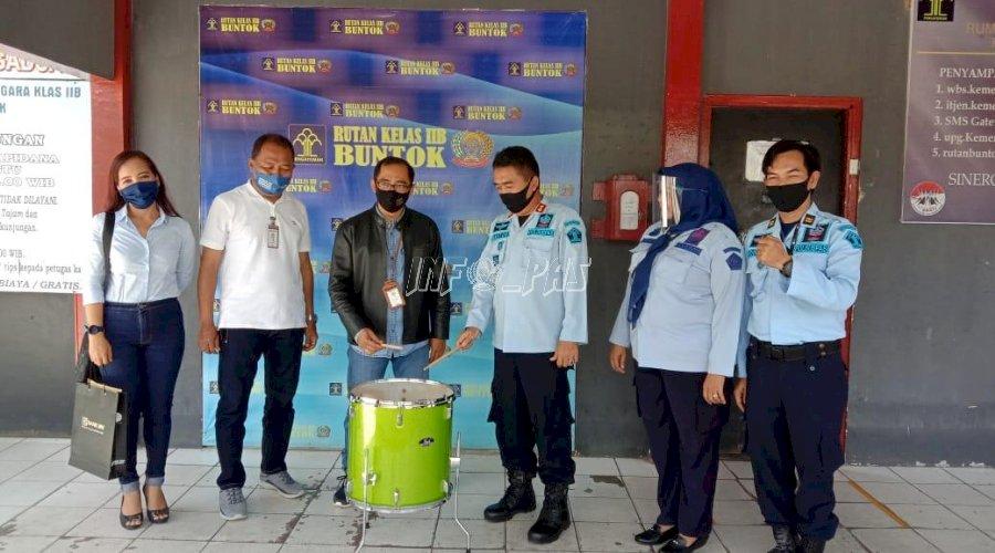 Rutan Buntok Terima Alat Band dari BRI
