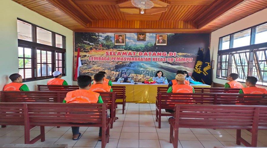 Divisi Yankum Kanwil Kalteng Awasi Bantuan Hukum WBP Lapas Sampit