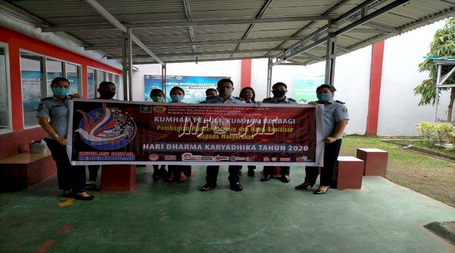 Rutan Manado Bagikan Masker & Hand Sanitizer kepada Masyarakat