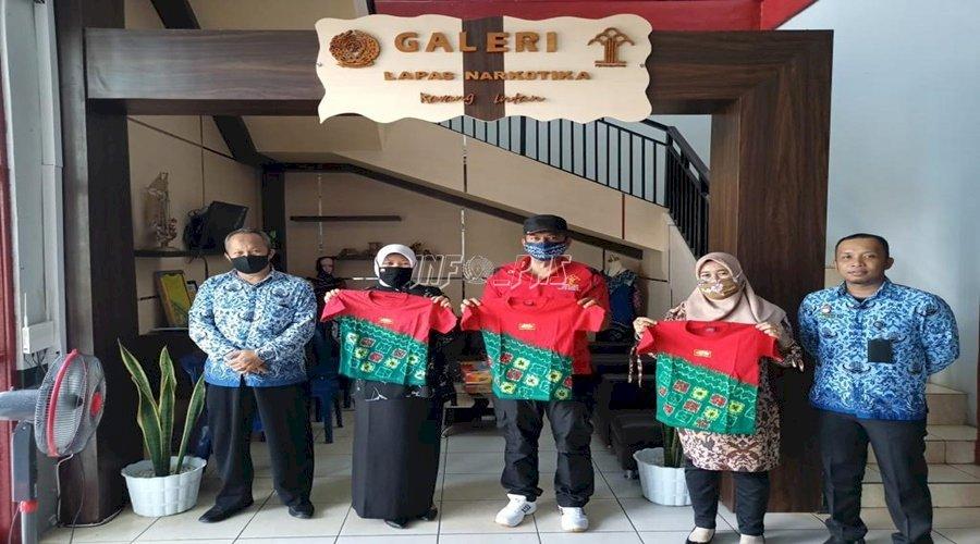 TK Negeri Idaman Banjarbaru Borong Sasirangan LPN Karang Intan
