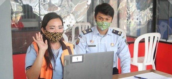 Lewat Video Call, WBP Asing di LPP Semarang Bisa Bersua Keluarga