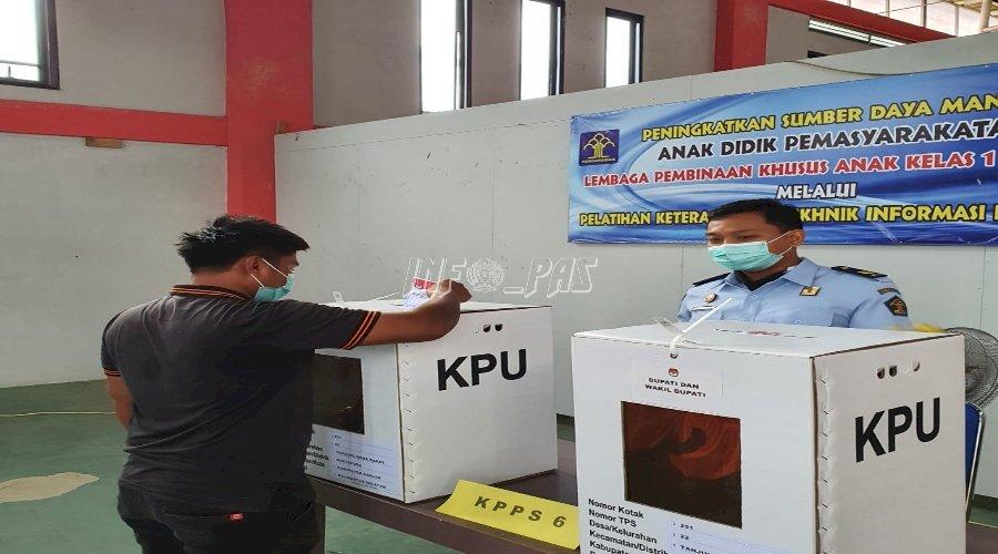 Puluhan Anak LPKA Martapura Salurkan Suara di TPS 022