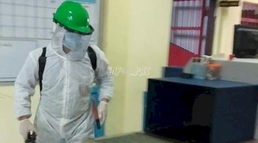 Petugas Kesehatan Lakukan Penyemprotan Disinfektan di Seluruh Area LPN Kasongan