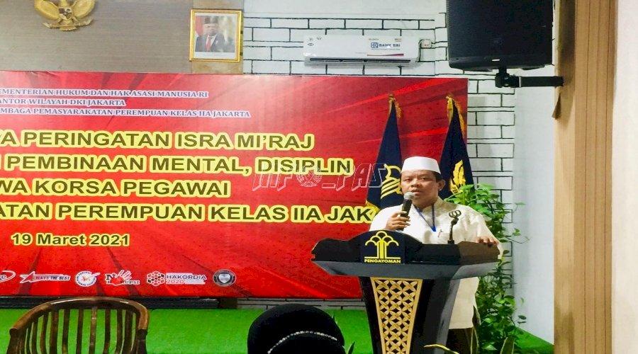 Bina Mental Petugas LPP Jakarta Melalui Isra Mikraj