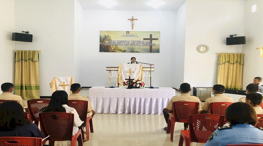 Anak & Petugas LPKA Ambon Gelar Ibadah Paskah