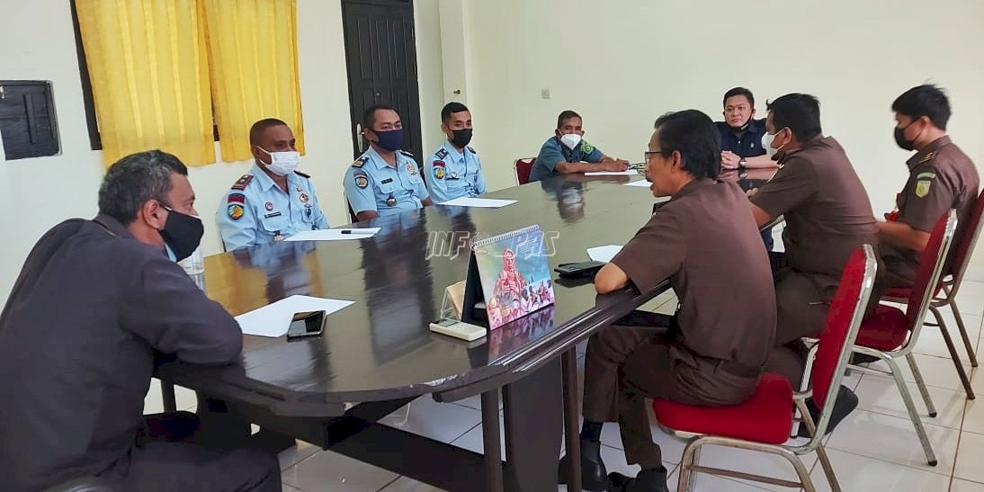 Lapas Saumlaki Bahas Pelayanan Tahanan dengan Kejari MTB & PN Saumlaki