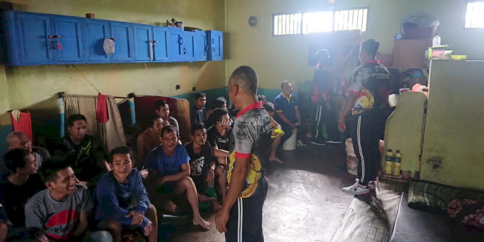 Antisipasi Gangguan Kamtib, Lapas Tenggarong Cek Kamar & Branggang