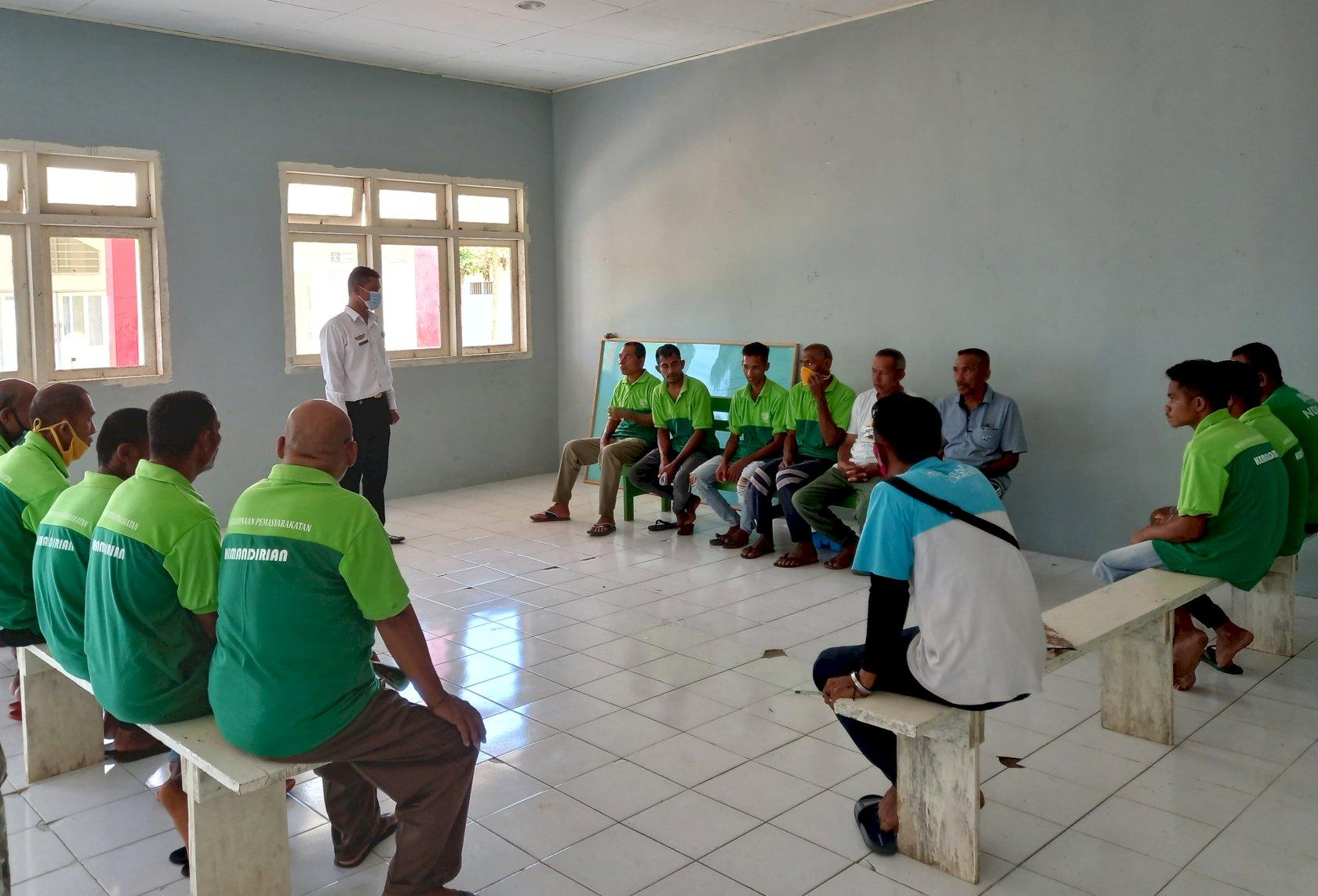 WBP Lapas Saumlaki Belajar Kelompok Jelang Evaluasi Pelatihan Pertanian