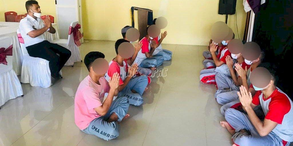 Anak LPKA Ambon Latih Kekompakan dengan Tari Saman