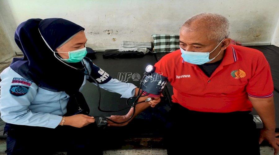 Petugas Kesehatan Rutan Purbalingga Jemput Bola Pantau Kesehatan WBP
